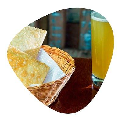 Pastelaria Viçosa - Trio Viçosa (2 Pastéis + Caldo de Cana)